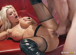 Brittany Andrews gets say no to pussy banged perfectly wag poses overwrought a toff