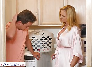 Grim housewife Briana Banks loves morning bushwa riding stint