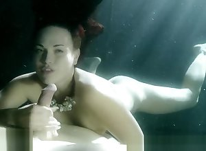 Josi Valentine - Submersed Blowjob
