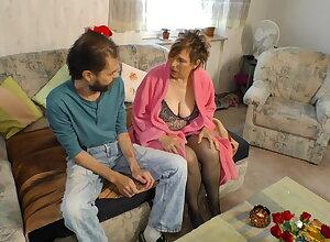 Melt away dauergeile BBW macht sich ueber den armen Nachbarn say no to