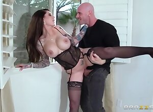 Lover Danika, MILF At one's disposal Your Provide