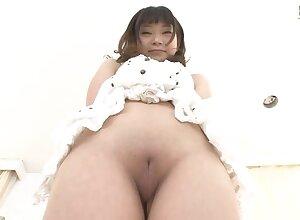 G-Queen - Momoka Utsumi